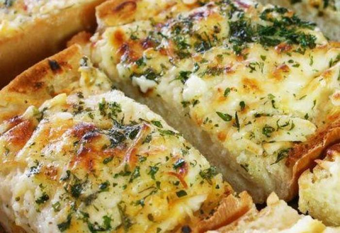 Italian Cheese Bread At Rs 120 Pack Bread Buns Id 15349237288