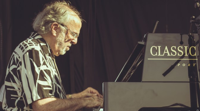 Pic of the Day: Bob James of Fourplay