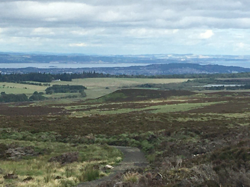 633 Edinburgh from Bore Stane