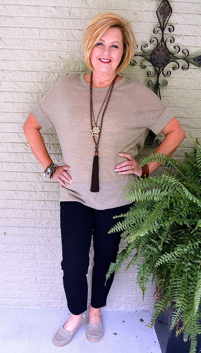 50 IS NOT OLD | CAN YOU WEAR BLACK AND BROWN TOGETHER