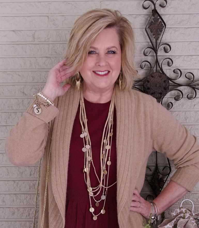 50 IS NOT OLD | A PEPLUM TOP AND SKINNY JEANS