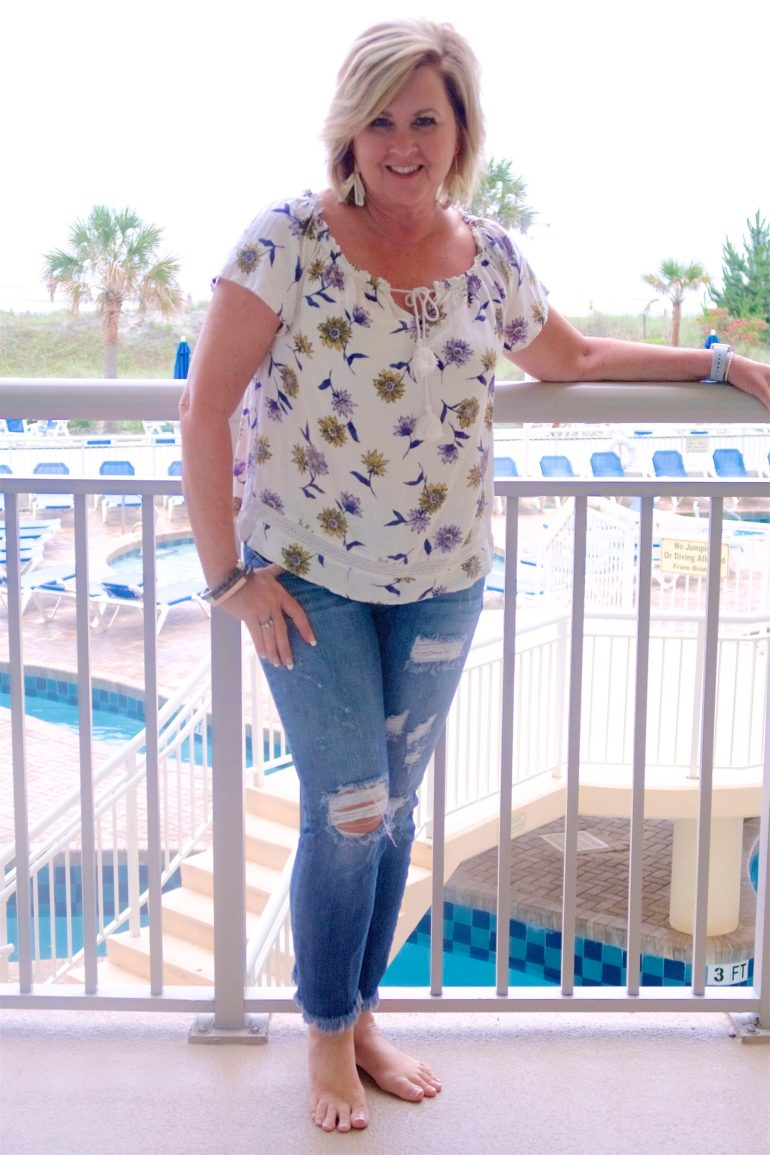 50 IS NOT OLD | WORKING FROM THE BEACH | FASHION OVER 40