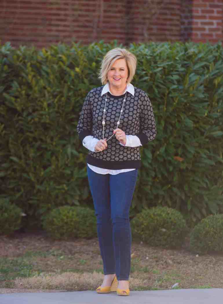 50 IS NOT OLD | SATURDAY STYLE IS SWEATER AND SKINNY JEANS | FASHION OVER 40