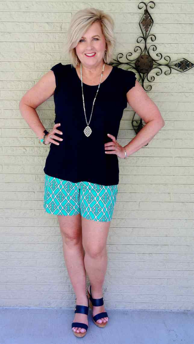 50 IS NOT OLD | A FLUTTER SLEEVE TEE AND SHORTS FOR SUMMER | FASHION OVER 40