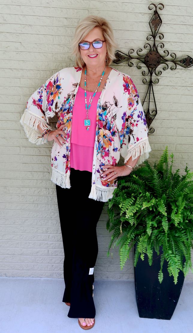 50 IS NOT OLD   HOW YOU WEAR A KIMONO IN DIFFERENT WAYS   FASHION OVER 40