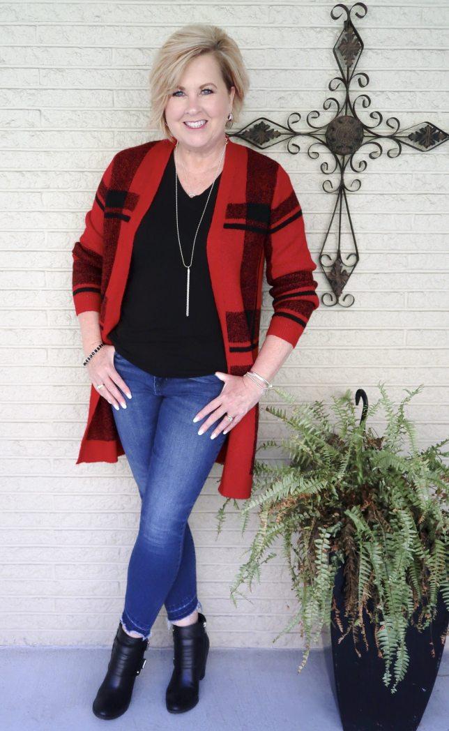 Buffalo Plaid Cardigan and skinny jeans