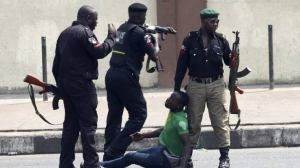 sars officers - images 9 300x168 - SARS Officers Received Praise From Nigerians: Here is The Reason sars officers - images 9 - SARS Officers Received Praise From Nigerians: Here is The Reason