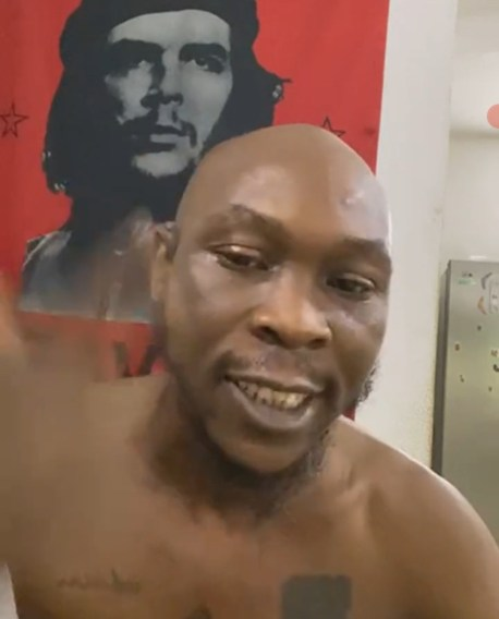 seun kuti reacts to allegation he pulled a gun during fight over parking space - 5fd606100c2f2 242x300 - Seun Kuti reacts to allegation he pulled a gun during fight over parking space seun kuti reacts to allegation he pulled a gun during fight over parking space - 5fd606100c2f2 - Seun Kuti reacts to allegation he pulled a gun during fight over parking space