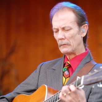 Tony Rice, Bluegrass Icon, Dead at 69 tony rice - h - Tony Rice, Bluegrass Icon, Dead at 69