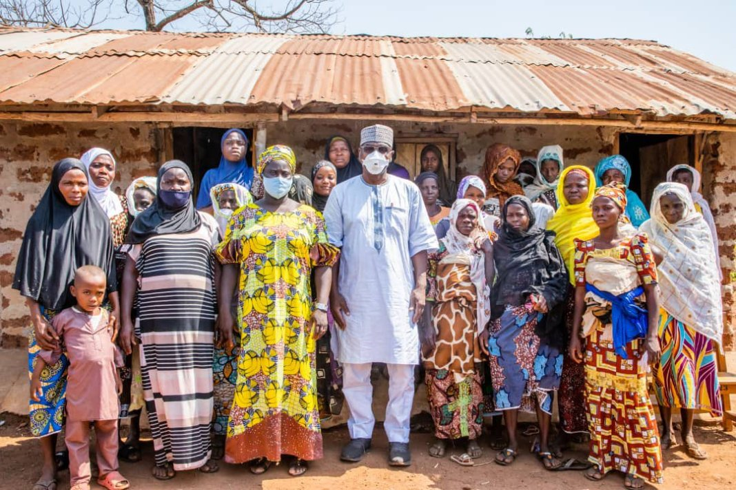 Kwara Community Get School As Governor Returned The Sum Of N1,000,000 Spent on School Project to Community Women kwara - IMG 20210114 205647 - Kwara Community Get School As Governor Returned The Sum Of N1,000,000 Spent on School Project to Community Women