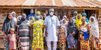 Kwara Community Get School As Governor Returned The Sum Of N1,000,000 Spent on School Project to Community Women