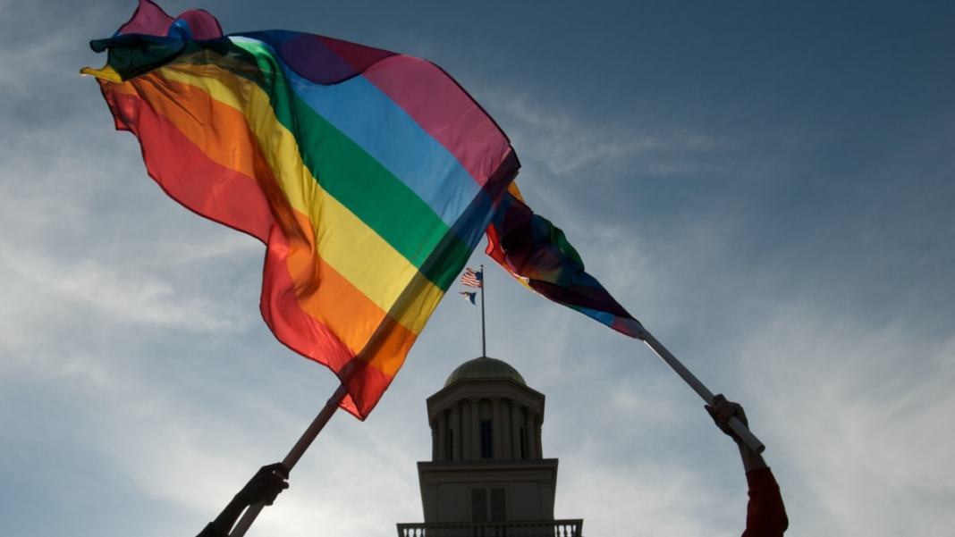 netherlands celebrates 20th anniversary of gay weddings - iowa supreme court unanimously approves gay marriages - The Netherlands celebrates 20th anniversary of gay weddings