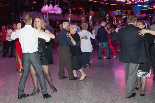 dancing-la-peschiera-54-anni-compleanno-50-sfumature-di-biella22