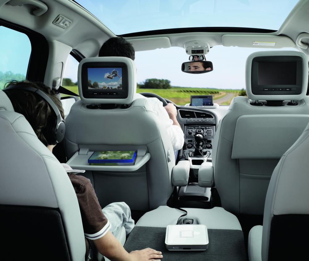 Peugeot 5008 Interior - 50 to 70