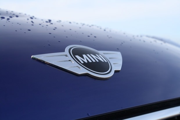 MINI Paceman front badge