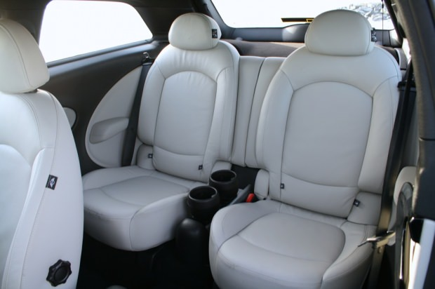 MINI Paceman rear interior