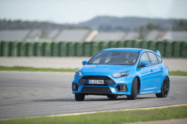 Ford2016_FocusRS_4550-to-70