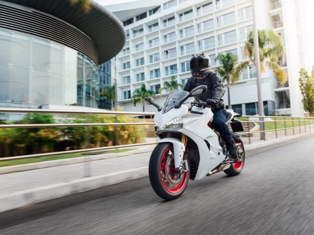 ducati_supersport_s_50to70_28