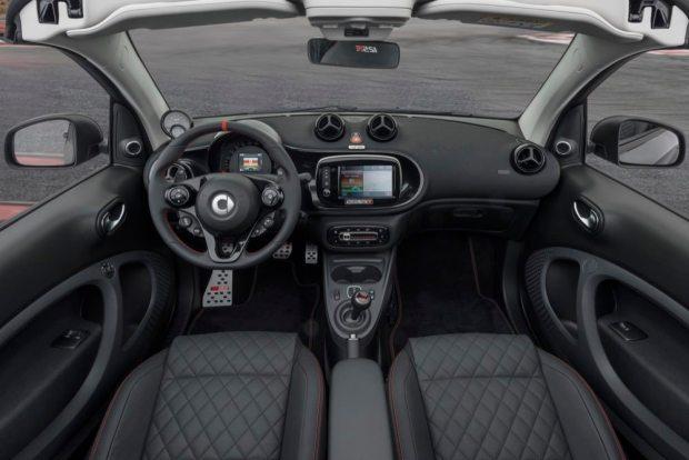 Brabus 125R interior