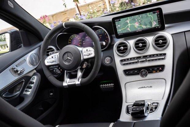 Mercedes-AMG C 63 S interior