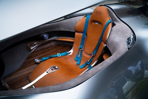 Mercedes-Benz Vision EQ Silver Arrow interior