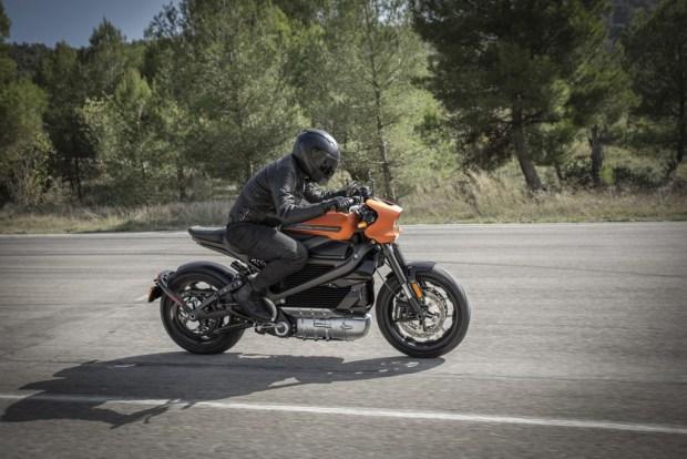 Harley-Davidson LiveWire moving