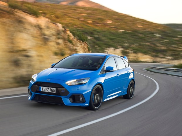 Ford Focus RS driving