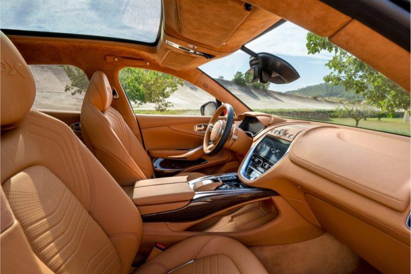 Aston Martin DBX cabin