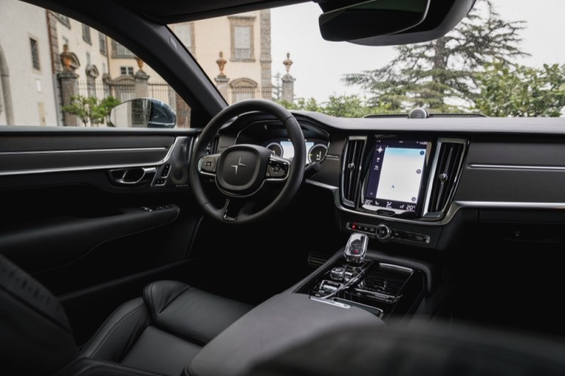 Polestar 1  interior