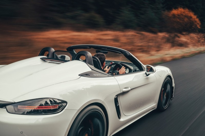 718 Boxster Spyder driving