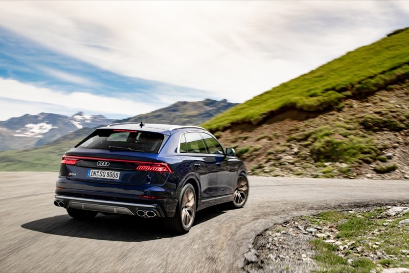 Audi SQ8 rear driving