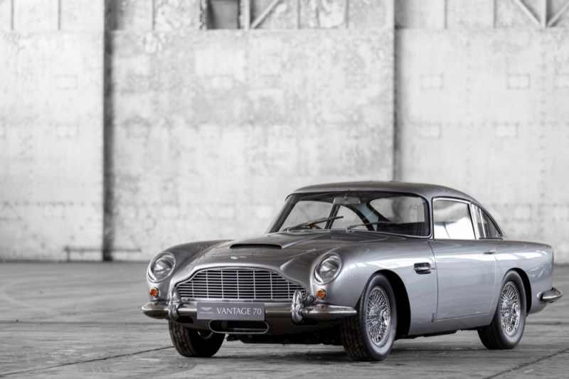 Aston Martin DB5 Vantage front