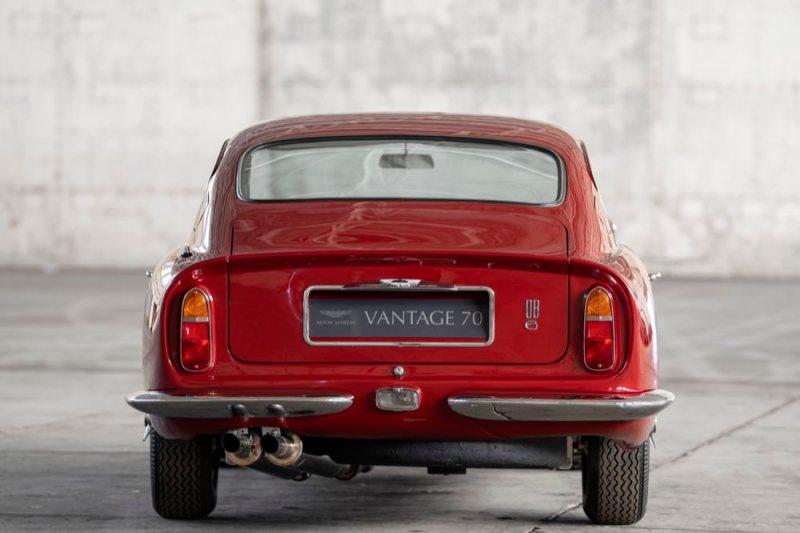Aston Martin DB6 Vantage rear