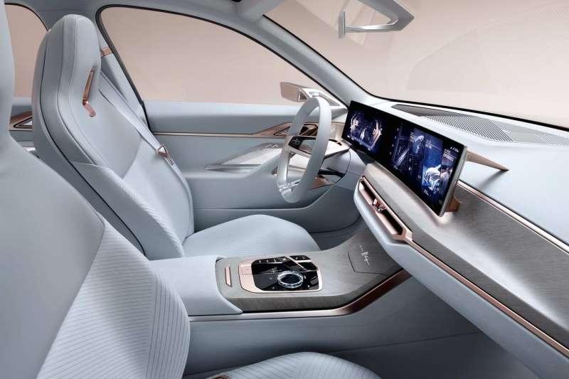 BMW Concept i4 interior