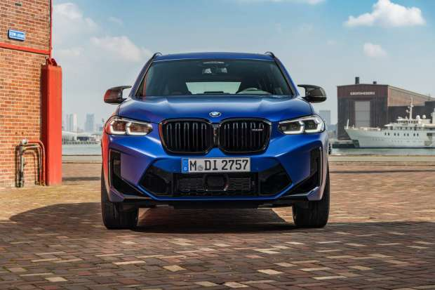 BMW X3 M Competition grille