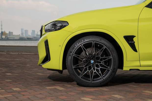 BMW X4 M Competition wheel