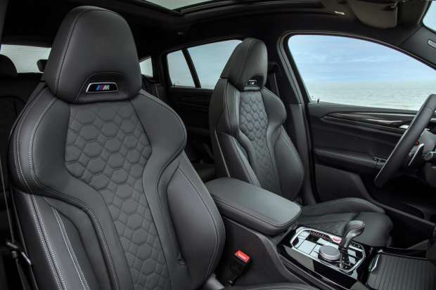 BMW X4 M Competition seats