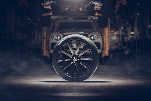 Bentley 22-inch carbon wheel for Bentayga