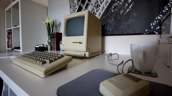 1984mac.jpg