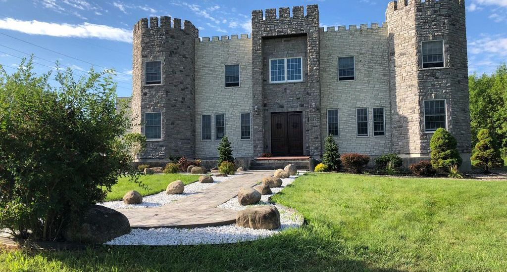 Want to Stay Overnight in a Castle in Ballston Spa? [PHOTOS]
