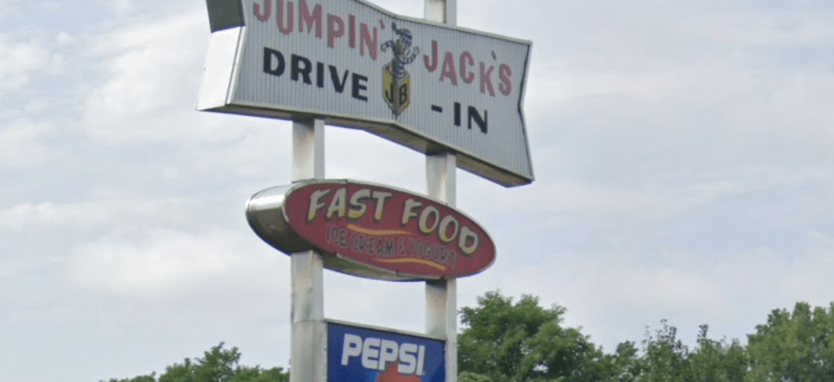 Jumpin' Jacks Announces Opening