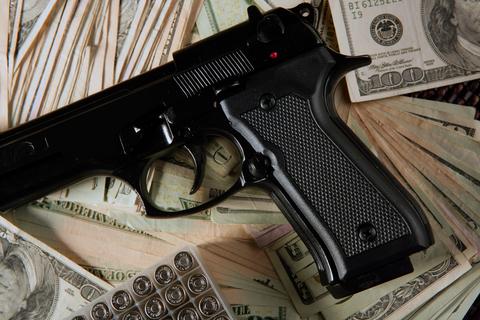 Guns & Violent Crimes
