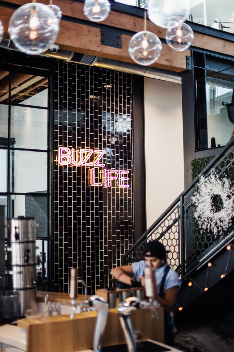 """""""Buzz Life"""" neon sign"""