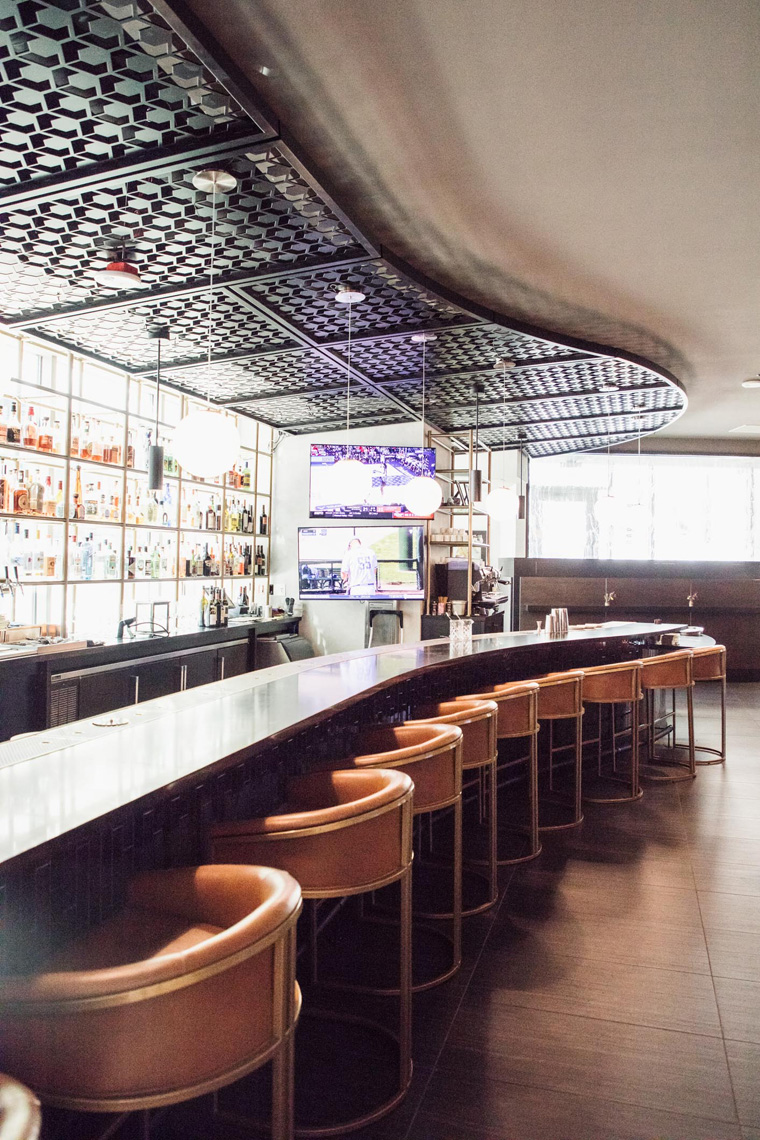 Charter Hotel Seattle Patagon bar