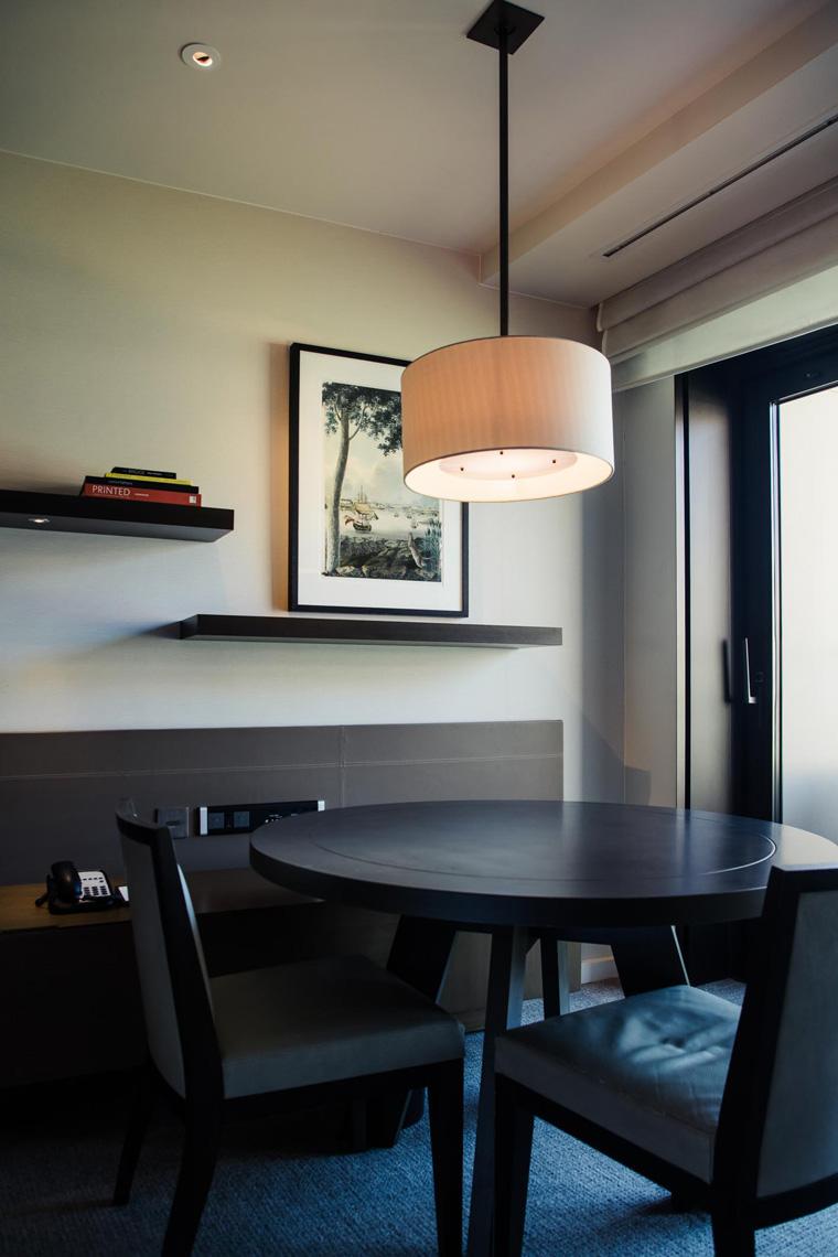 Park Hyatt Sydney table