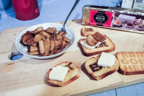 Topped with some sliced brie - TJ's has it in a square log!  What will the world think of next?