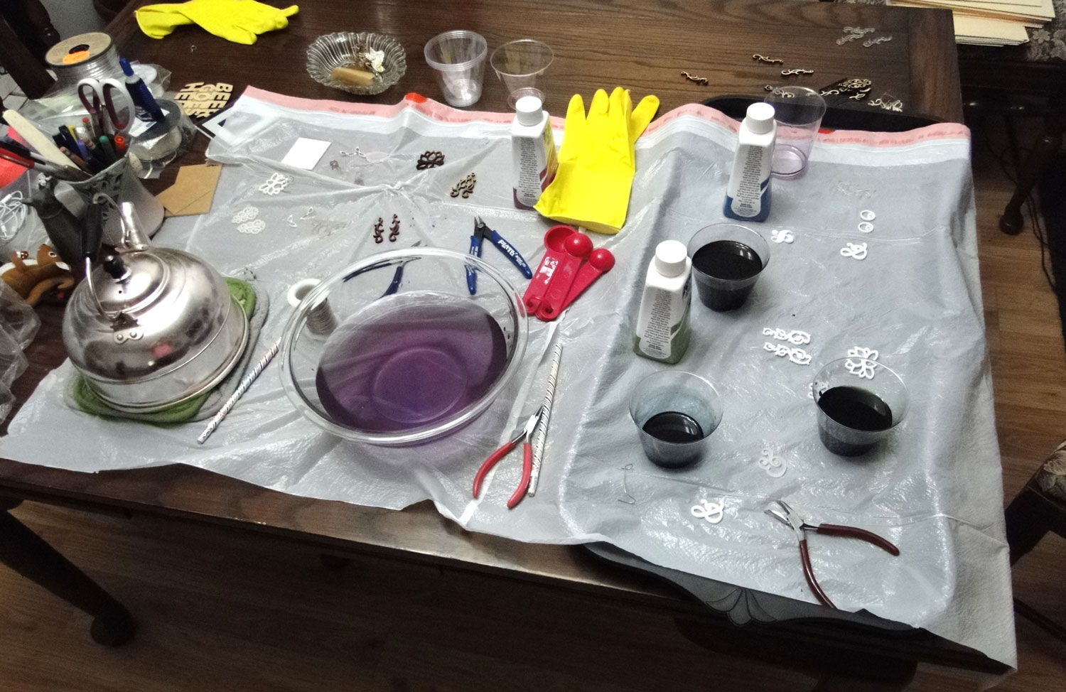 Discussion on this topic: How to Dye Acrylic Plastic, how-to-dye-acrylic-plastic/