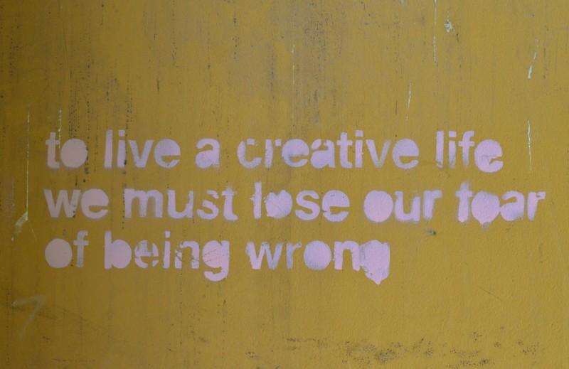 Budapest, Kiraky Utcà,Graffiti,Street Art, Créative, Jaune