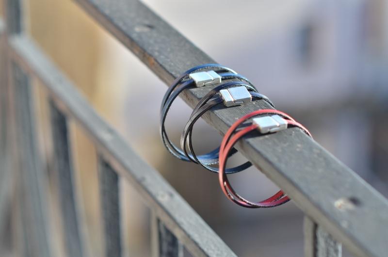 Bracelets sur le balcon