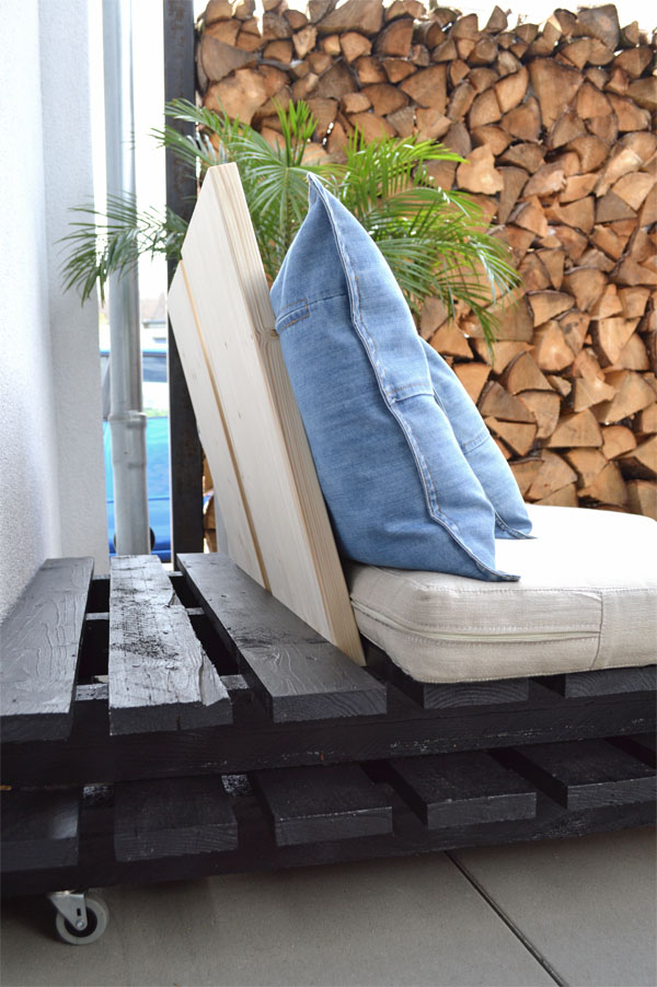 recyclingdesign aus paletten outdoorm bel. Black Bedroom Furniture Sets. Home Design Ideas